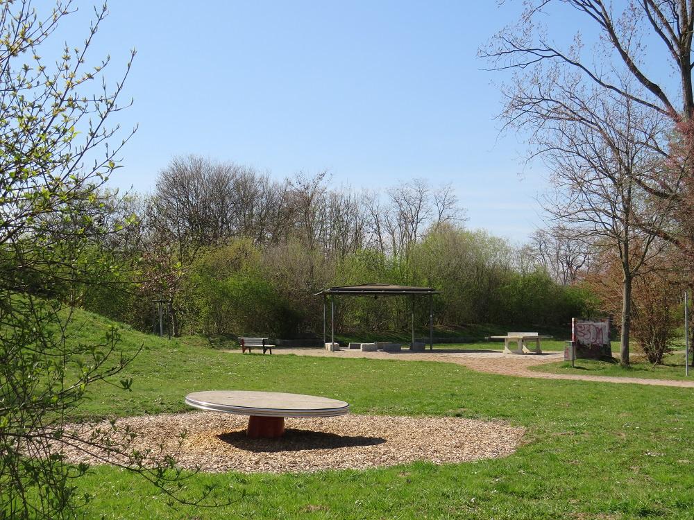 Spielplatz_2_in_Hildboltsweier