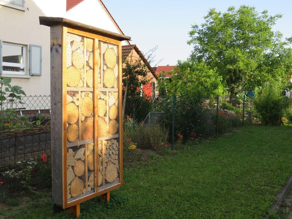 Insektenhotel_in_Hildboltsweier