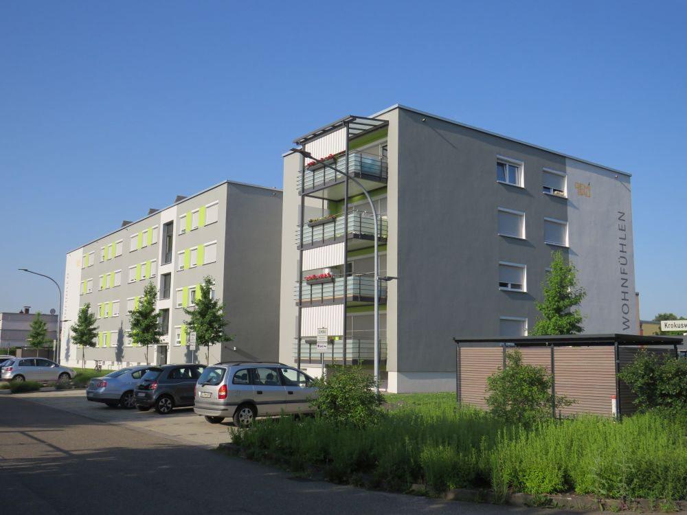 Wohnblock_in_Hildboltsweier_2